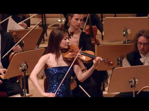 Video Arabella Steinbacher: Britten & Hindemith Violin Concertos